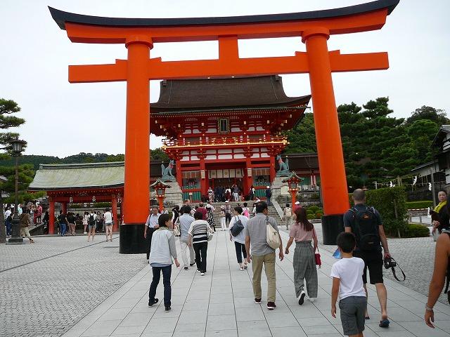 京都伏見のお稲荷さん